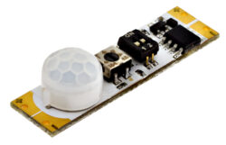 Pohybový PIR spínač do profilu SOUMRAK A 38x10x9mm 7,5A 12V DC (90W)-Pohybový PIR spínač do LED profilu s rozsáhlými funkčními možnostmi